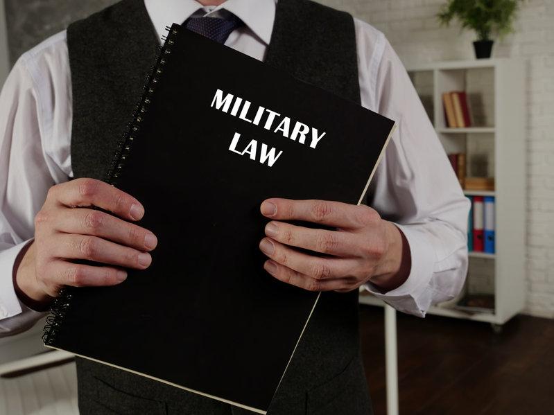 בחירת עורך דין צבאי - המחשה